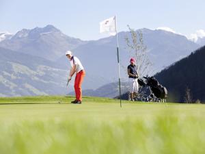 Die Bergkulisse beim Golfspielem im Zillertal war schon mal bemerkenswert. Wenn es mit dem Golfspielen nichts würde, dann blieb immer noch das wandern...