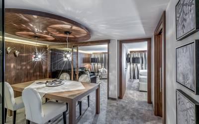 """Dem Luxus schon ziemlich nahe: Eine Suite im """"Hochfirst""""."""
