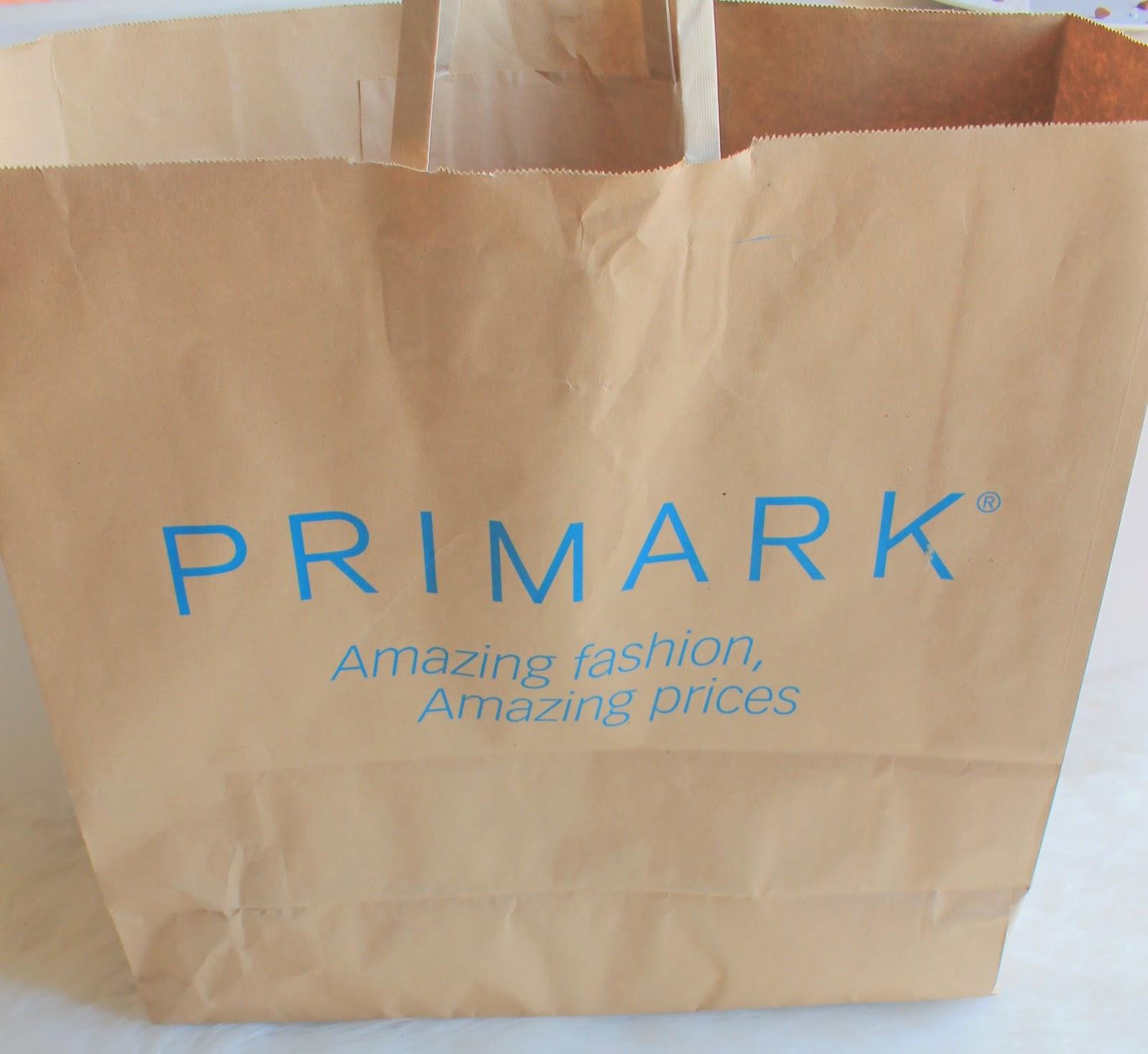 Für mich der Inbegriff vom Ramsch und ramschigen Geschenken: Primark.