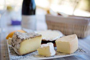Tiroler Lebensmittel: Würzige Käse in heimischer Qualität gibt es auch
